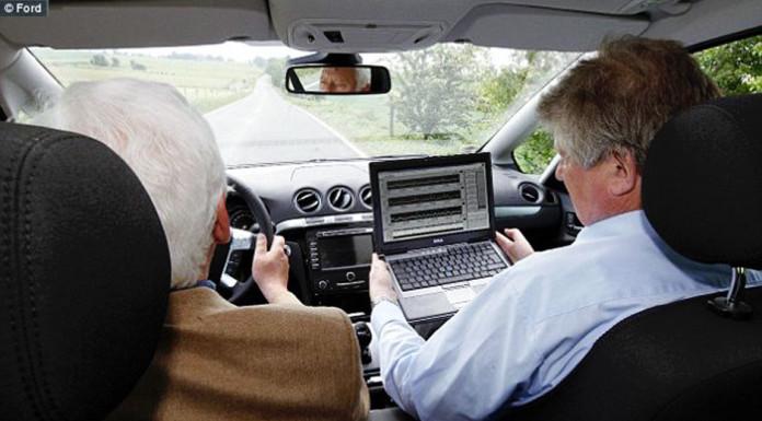 Infarto al volante, ecg salva la vita , Close-up Engineering - Credits: Ford