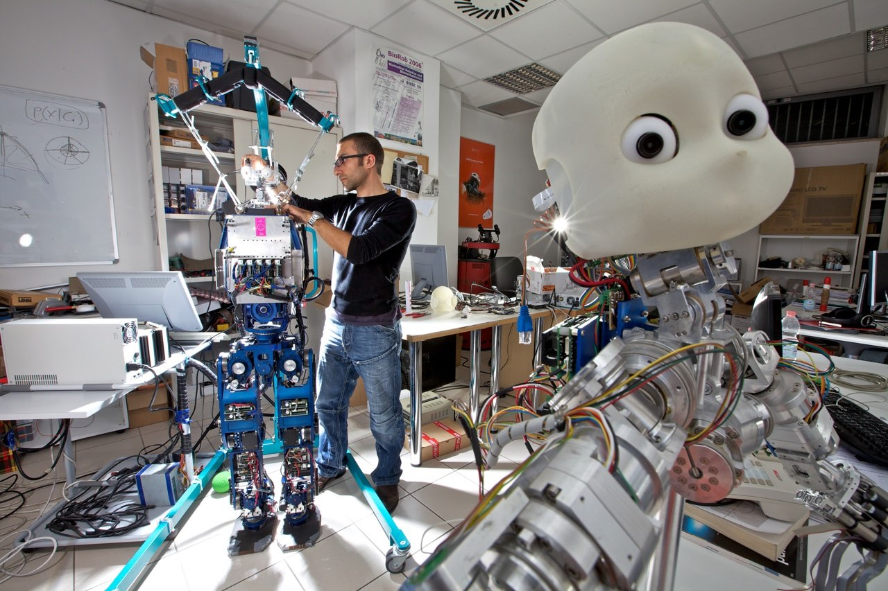 Robot nei laboratori del Sant'Anna