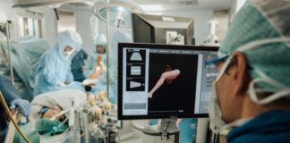 Chirurgia robotica: 5 interventi di protesi totale di ginocchio a Verona
