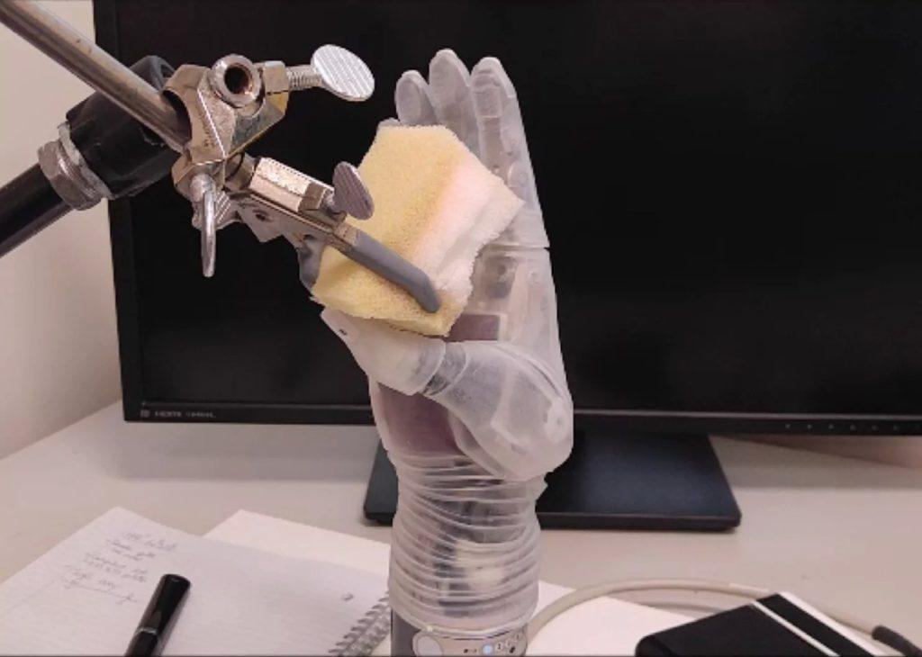 Protesi LUKE