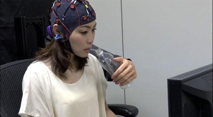 Multitasking: una BMI per controllare un terzo braccio robotico