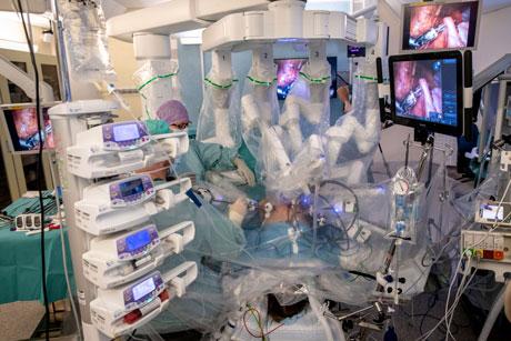 Chirurgia robotica trapianto utero