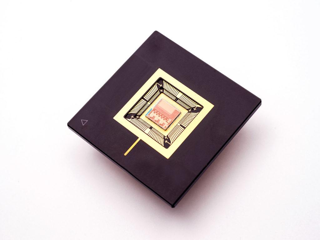 Apnea notturna: un dispositivo indossabile utilizza tecniche di machine learning per rilevarla. Credits: IMEC