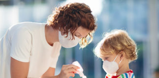 Sintomi COVID-19: i bambini sviluppano meno complicanze