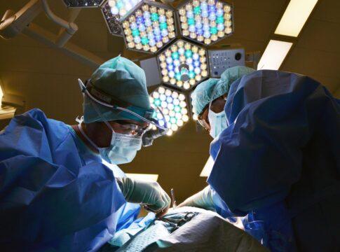 Trapianto di fegato: organo tenuto in vita per quasi un giorno prima dell'operazione