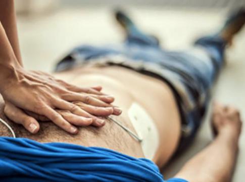 Chest-eR: l'aiutante perfetto per il massaggio cardiaco