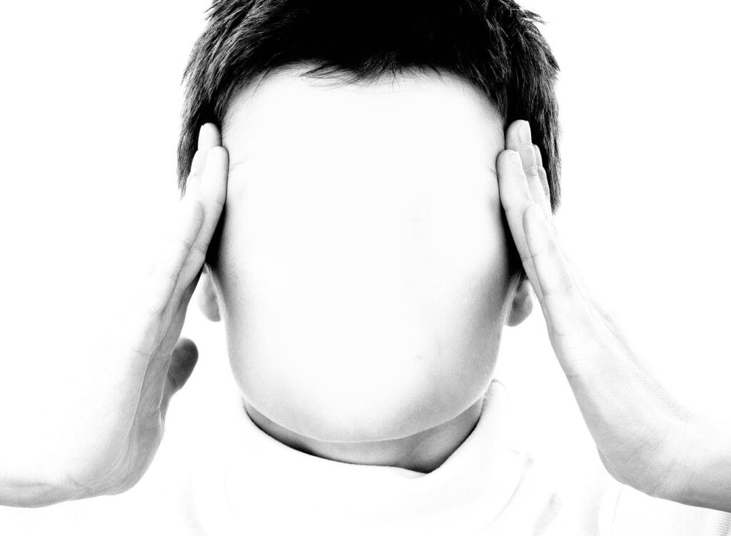 Emicrania ed estrogeni, mal di testa