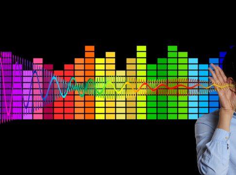 LoCHAid: l'apparecchio acustico low cost da soli $ 0.98